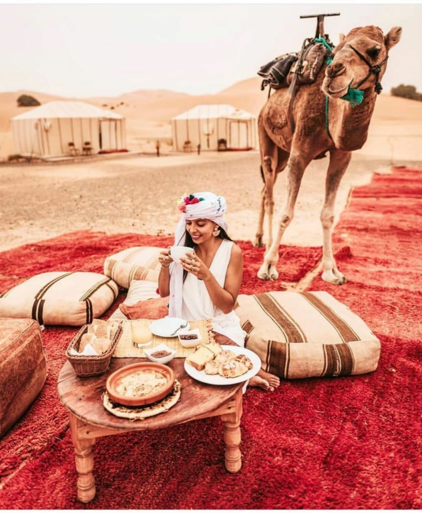 Morocco campng in the desert.