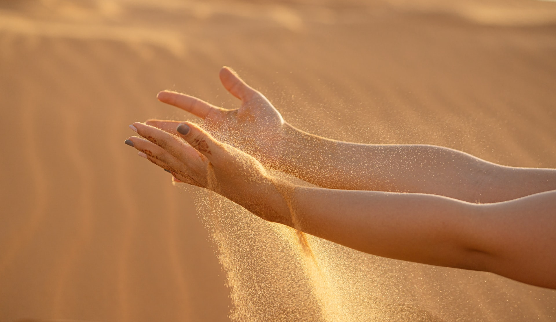 the slider and featured image of our Fes desert tour 3 days to Merzouga